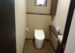 3階住宅内観:トイレ